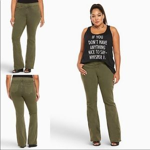 TORRID Slim Boot cut Lean Jeans Olive wash Size 1R